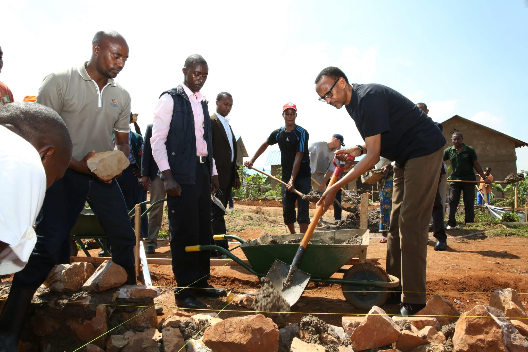 Umuganda community projects. Photo from https://www.flickr.com/photos/paulkagame/12695523803